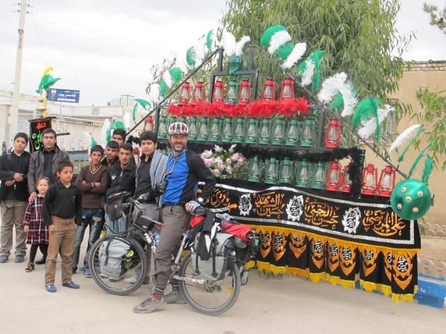 silk road researchers in Ashura